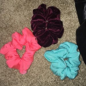 American apparel scrunchies - set of 3